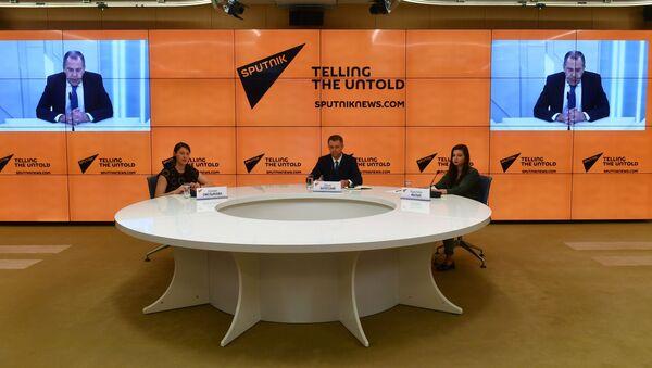 Minister spraw zagranicznych Rosji Siergiej Ławrow udzielił wywiadu dziennikarzom Sputnika - Sputnik Polska