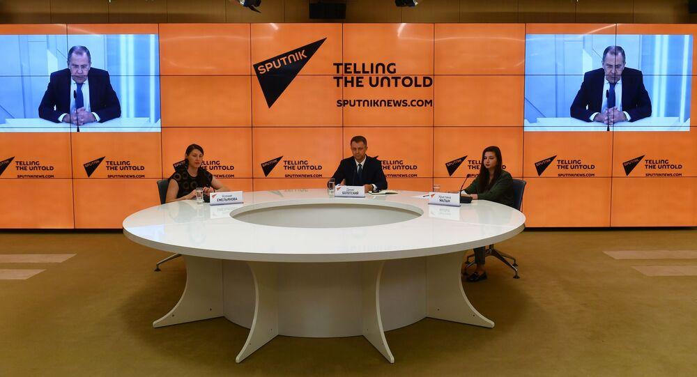 Minister spraw zagranicznych Rosji Siergiej Ławrow udzielił wywiadu dziennikarzom Sputnika