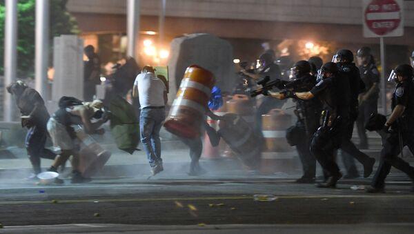 Protesty w mieście Rochester w stanie Nowy Jork - Sputnik Polska