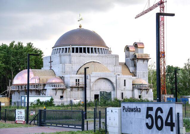 Świątynia prawosławna Hagia Sophia w trakcie budowy w Warszawie