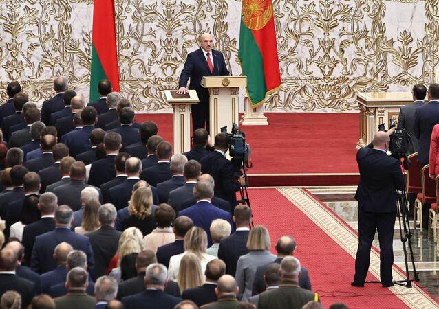 Alaksandr Łukaszenka podczas inauguracji na prezydenta Białorusi