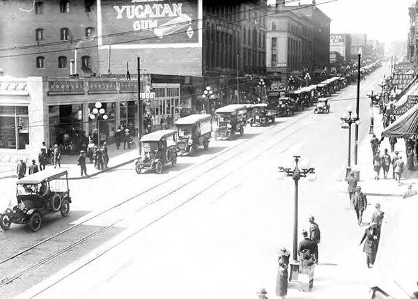 Street View i reklama gumy do żucia w Seattle, 1917-1920 rok  - Sputnik Polska