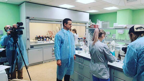 """Rosyjskie laboratorium opracowujące szczepionkę przeciwko COVID-19 """"Sputnik V"""" - Sputnik Polska"""