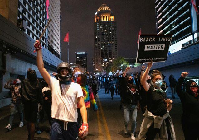Protesty w amerykańskim Louisville
