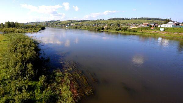 Rzeka Czułym we wsi Bałachta w Kraju Krasnojarskim - Sputnik Polska