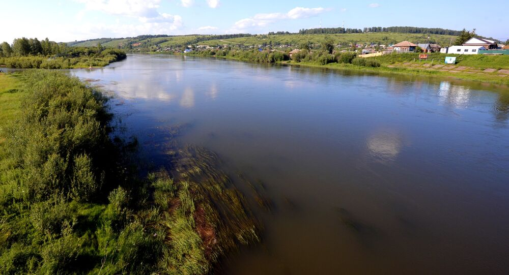 Rzeka Czułym we wsi Bałachta w Kraju Krasnojarskim