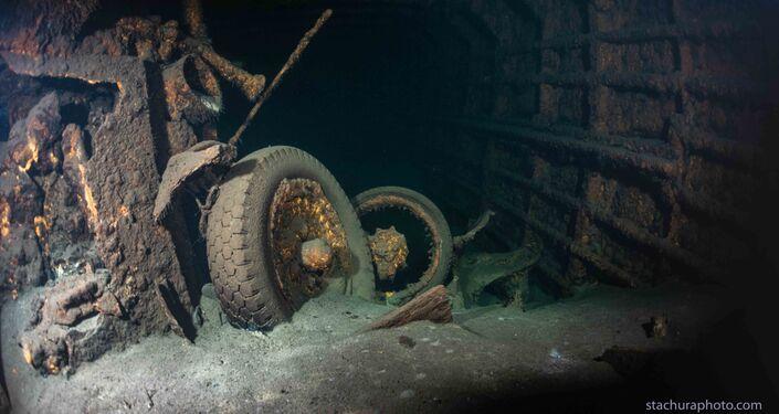 """Wrak zatopionego w czasie II wojny światowej niemieckiego parowca """"Karlsruhe"""""""