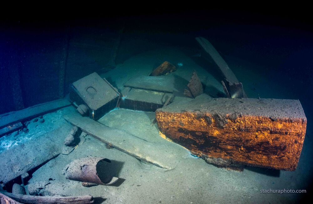"""Wrak niemieckiego statku z II wojny światowej """"Karlsruhe"""", odnaleziony przez polskich nurków podczas operacji poszukiwawczej na Morzu Bałtyckim"""