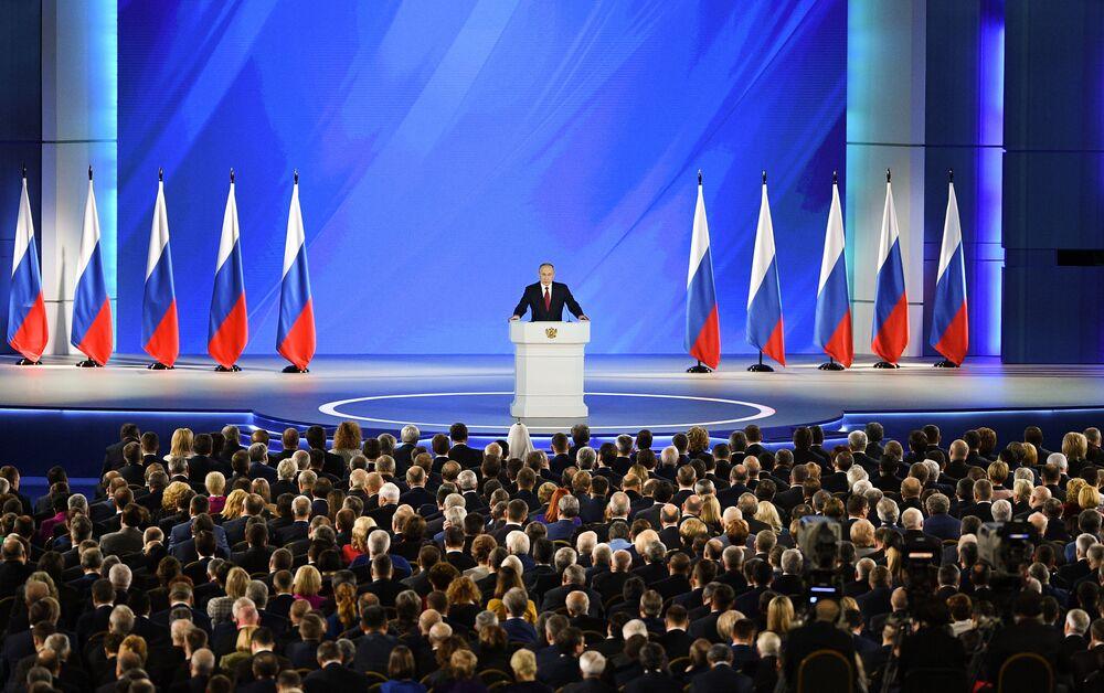 Prezydent Rosji Władimir Putin wygłasza coroczne przemówienie do Zgromadzenia Federalnego w Moskwie