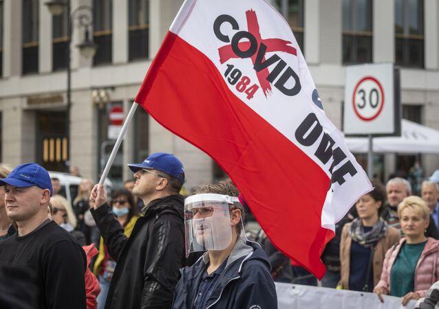 Protesty przeciwników obostrzeń w związku z pandemią w Polsce