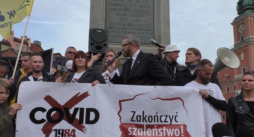 Protesty antycovidowców w Warszawie