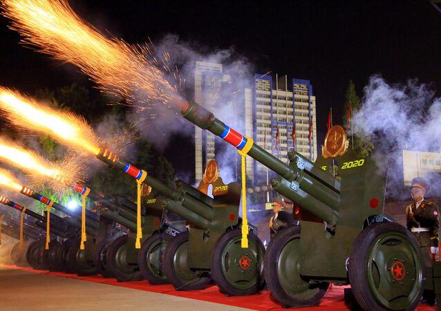 Parada z okazji 75. rocznicy powstania Partii Robotniczej Korei Północnej