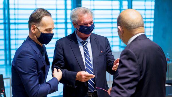 Minister spraw zagranicznych Niemiec Heiko Maas, minister spraw zagranicznych Luksemburga Jean Asselborn i minister spraw zagranicznych Francji Jean-Yves Le Drian na spotkaniu ministrów spraw zagranicznych UE - Sputnik Polska