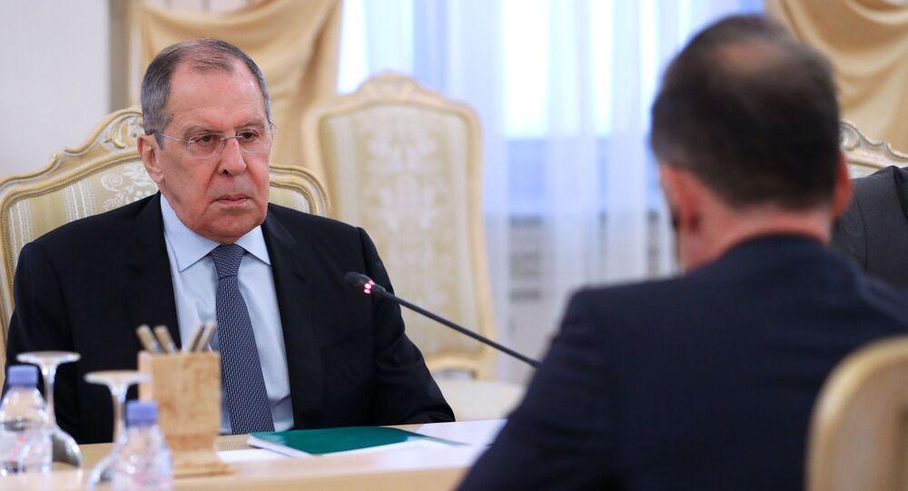 Ministrowie spraw zagranicznych Rosji i Niemiec, Siergiej Ławrow i Heiko Maas, na spotkaniu w Moskwie