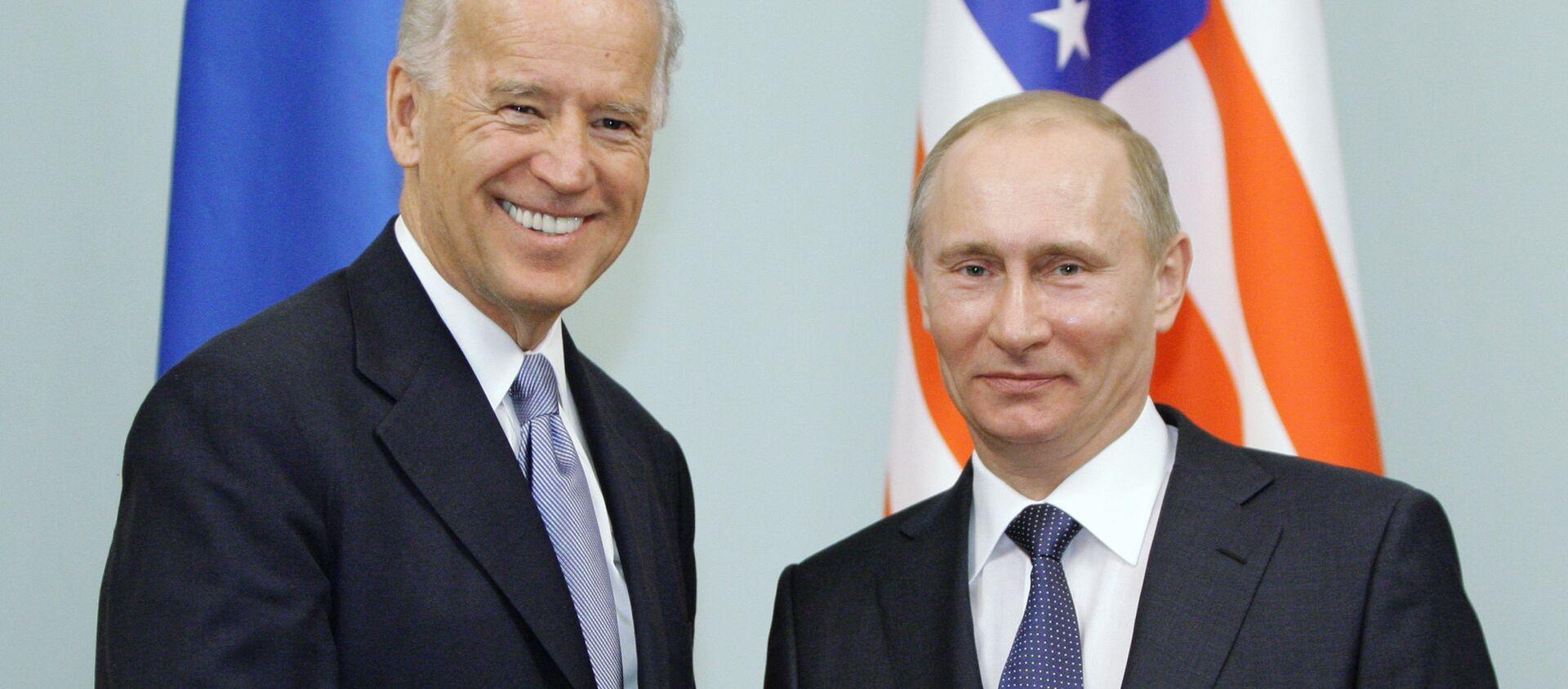 Joe Biden i Władimir Putin - Sputnik Polska, 1920, 15.04.2021