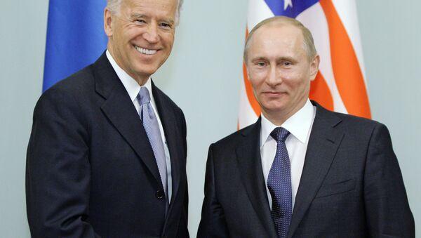 Joe Biden i Władimir Putin - Sputnik Polska