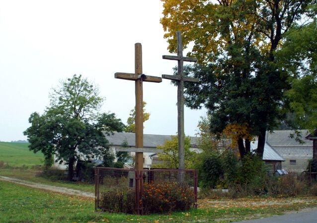 Krzyże morowe we wsi Borychów