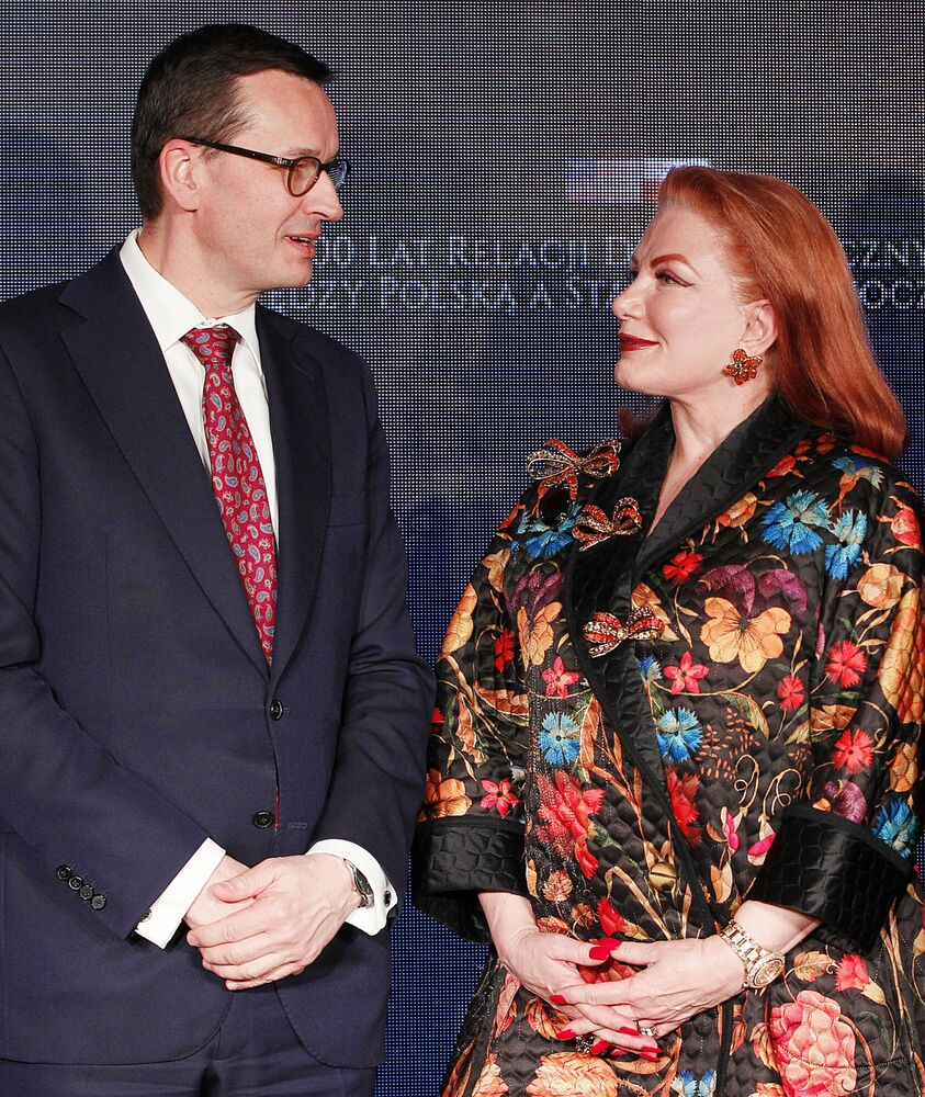Polski premier Mateusz Morawiecki z ambasador USA w Polsce Georgette Mosbacher w 2019 roku