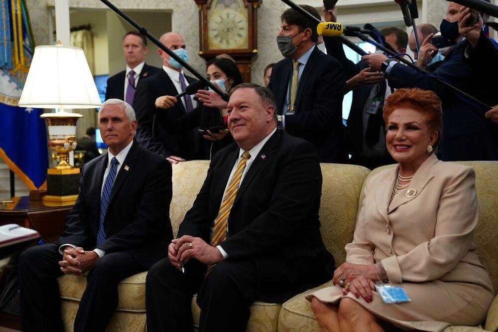 Mike Pence, Mike Pompeo i Georgette Mosbacher podczas wizyty Andrzeja Dudy w Białym Domu, 2020 rok