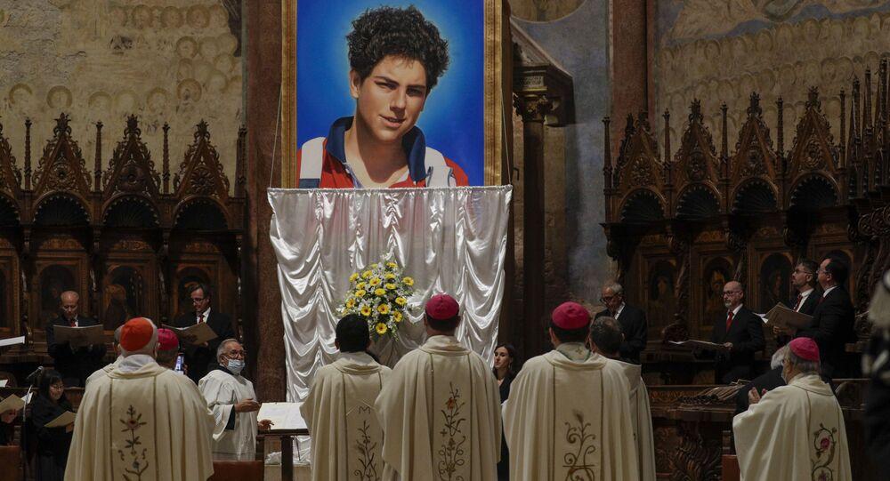 Beatyfikacja 15-letniego Carlo Acutisa.