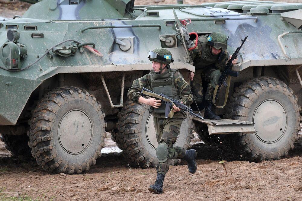 """Ćwiczenia dowódczo-sztabowe OUBZ """"Niezniszczalne Braterstwo 2020"""" na Białorusi"""