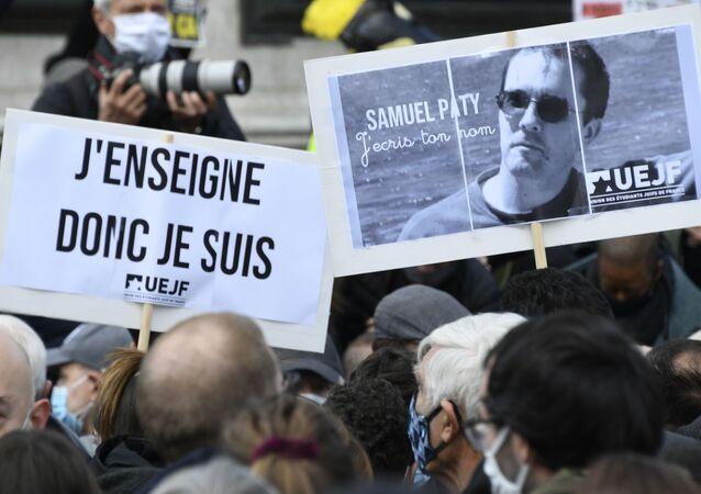 Zabójstwo nauczyciela we Francji