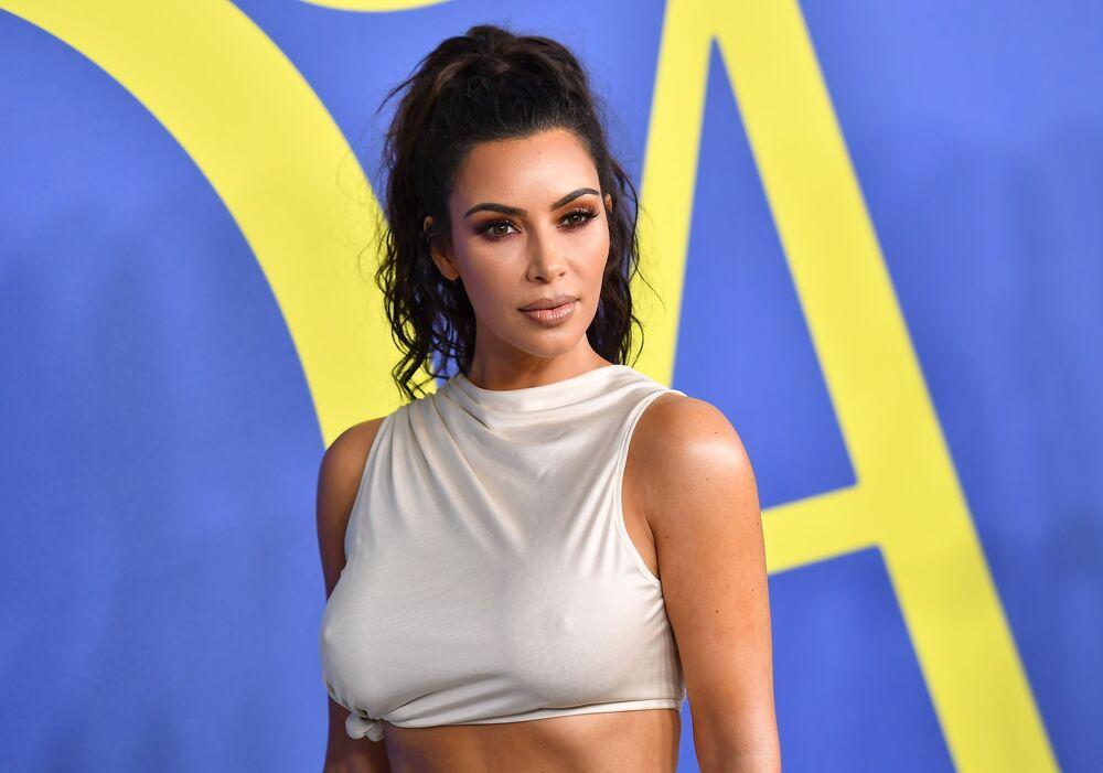 Kim Kardashian na gali CFDA Fashion Awards 2018 w Nowym Jorku