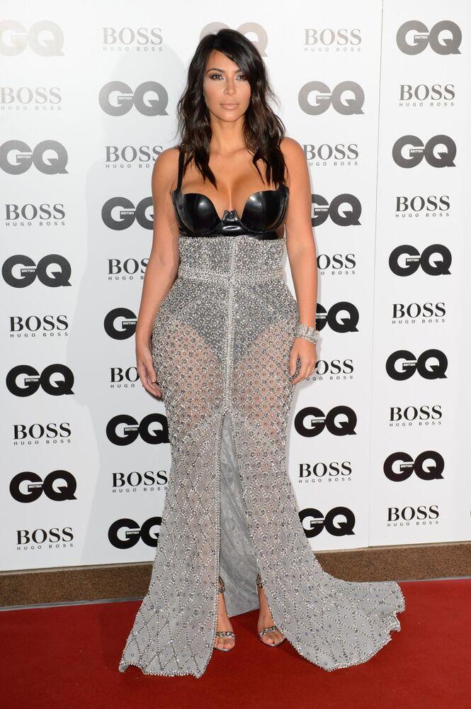 Gwiazda telewizyjna Kim Kardashian na ceremonii Man of the Year GQ w Londynie w Wielkiej Brytanii
