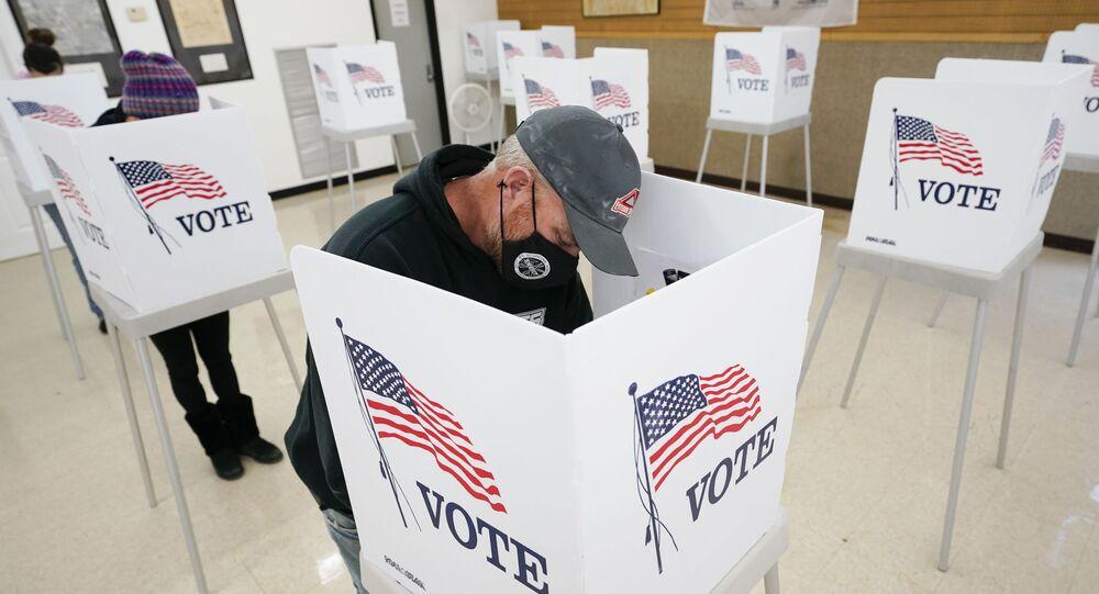 Przedterminowe głosowanie w stanie Iowa (USA).