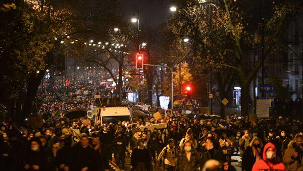 Protesty przeciwko zaostrzeniu przepisów dotyczących aborcji w Polsce, Warszawa - Sputnik Polska