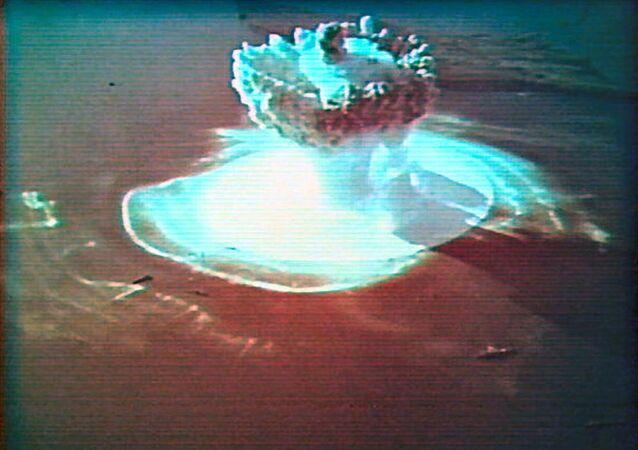 Pierwsza podwodna eksplozja jądrowa w ZSRR i pierwsza eksplozja jądrowa na Nowej Ziemi. 21 września 1955 r.