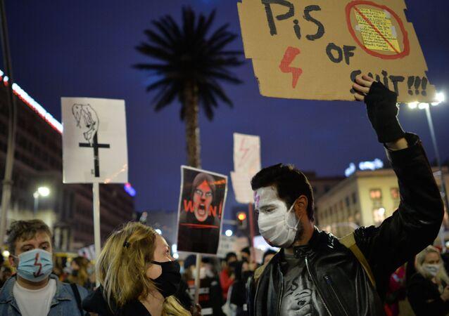 Protesty po wyroku TK ws. aborcji w Warszawie