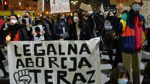 Protesty w Warszawie - Sputnik Polska