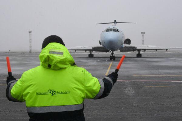 """Samolot Tu-154 rosyjskich linii lotniczych """"Ałrosa"""" wykonał ostatni lot - Sputnik Polska"""