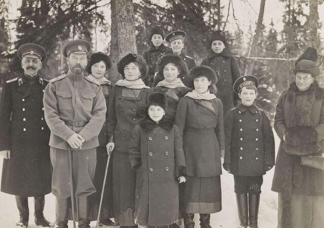 Rodzina carska w Carskim Siole, 1915 r.