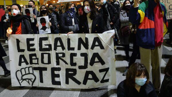 Protesty przeciw orzeczeniu TK ws. aborcji - Sputnik Polska