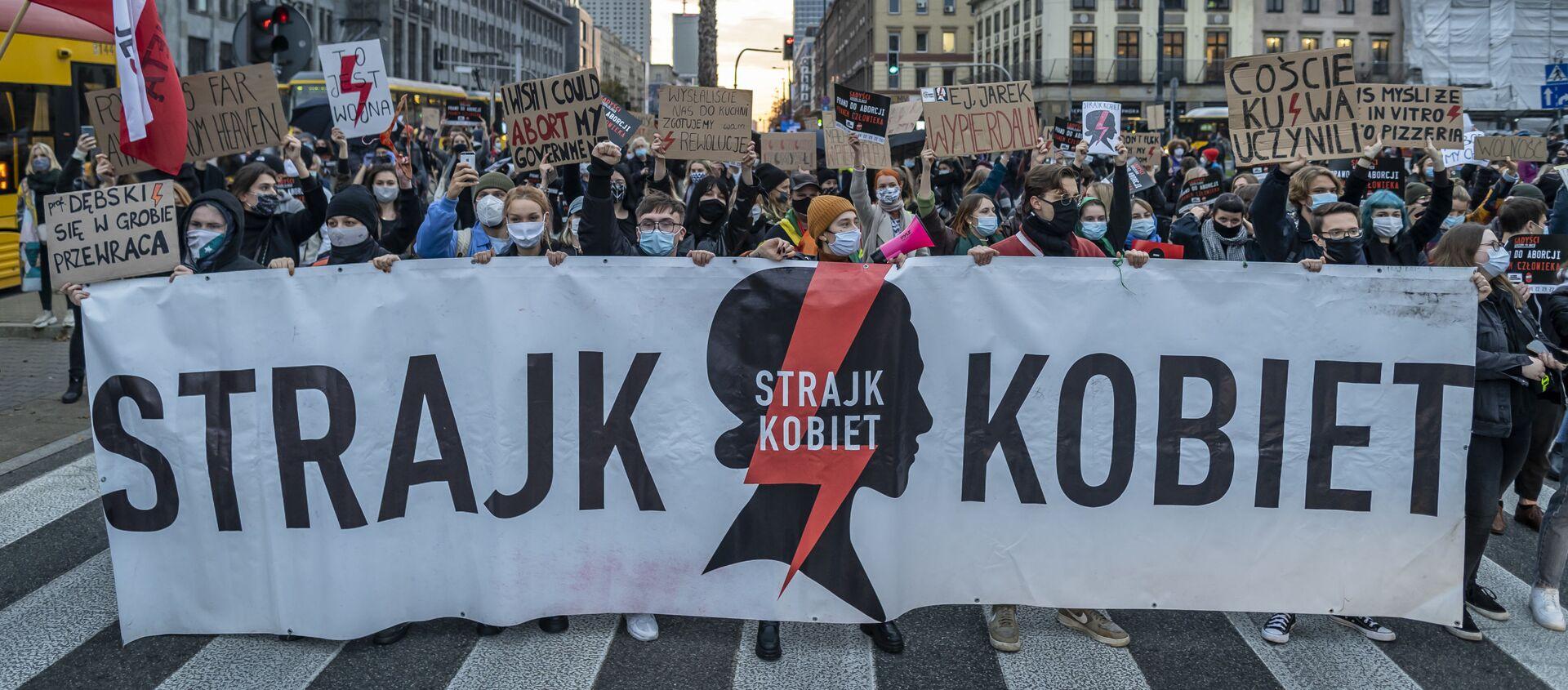Strajk Kobiet w Warszawie. Protesty ws. zaostrzenia ustawy antyaborcyjnej - Sputnik Polska, 1920, 10.02.2021