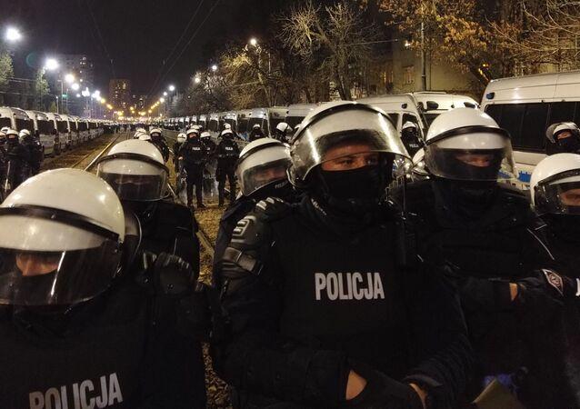 Policja na warszawskim Żoliborzu, 30.10.2020