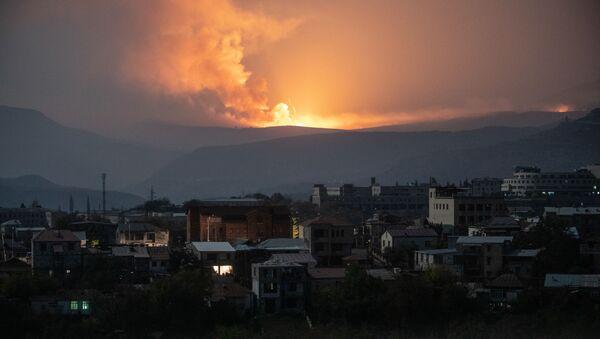 Ostrzały w pobliżu Stepanakert - Sputnik Polska