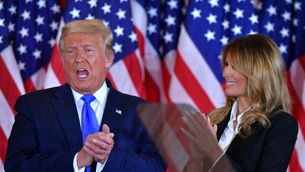 Donald Trump i Melania Trump w Białym Domu w dniu wyborów w USA - Sputnik Polska