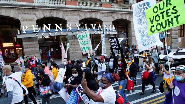 Protesty w Filadelfii po wyborach prezydenckich w USA. - Sputnik Polska