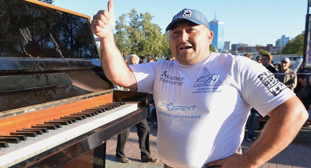 Najsilniejszy człowiek Rosji Elbrus Nigmatullin