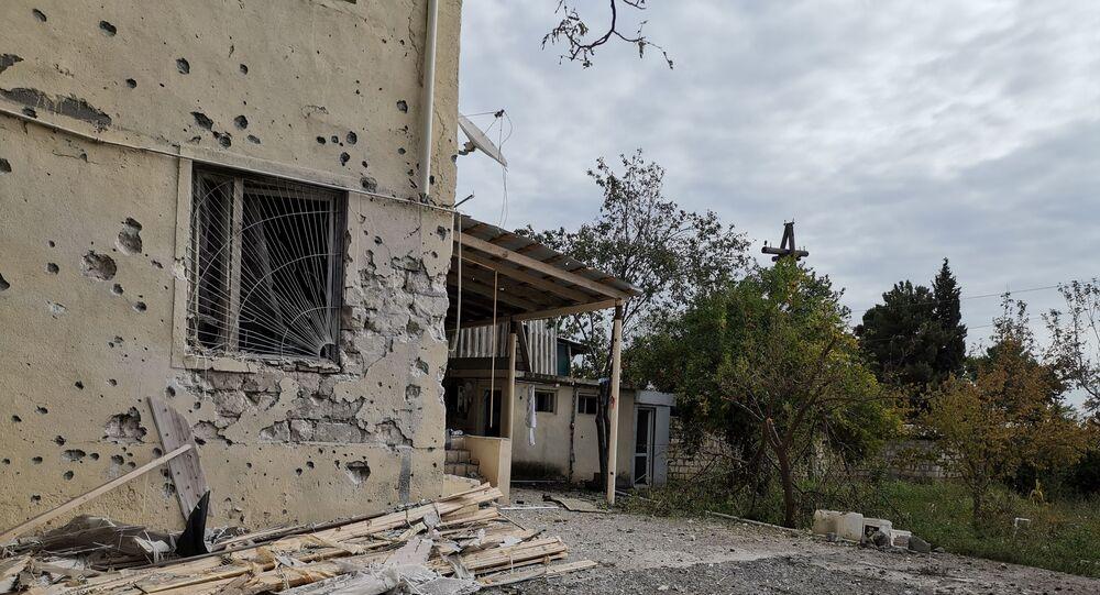 Skutki ostrzału w azerbejdżańskim Terter koło Karabachu