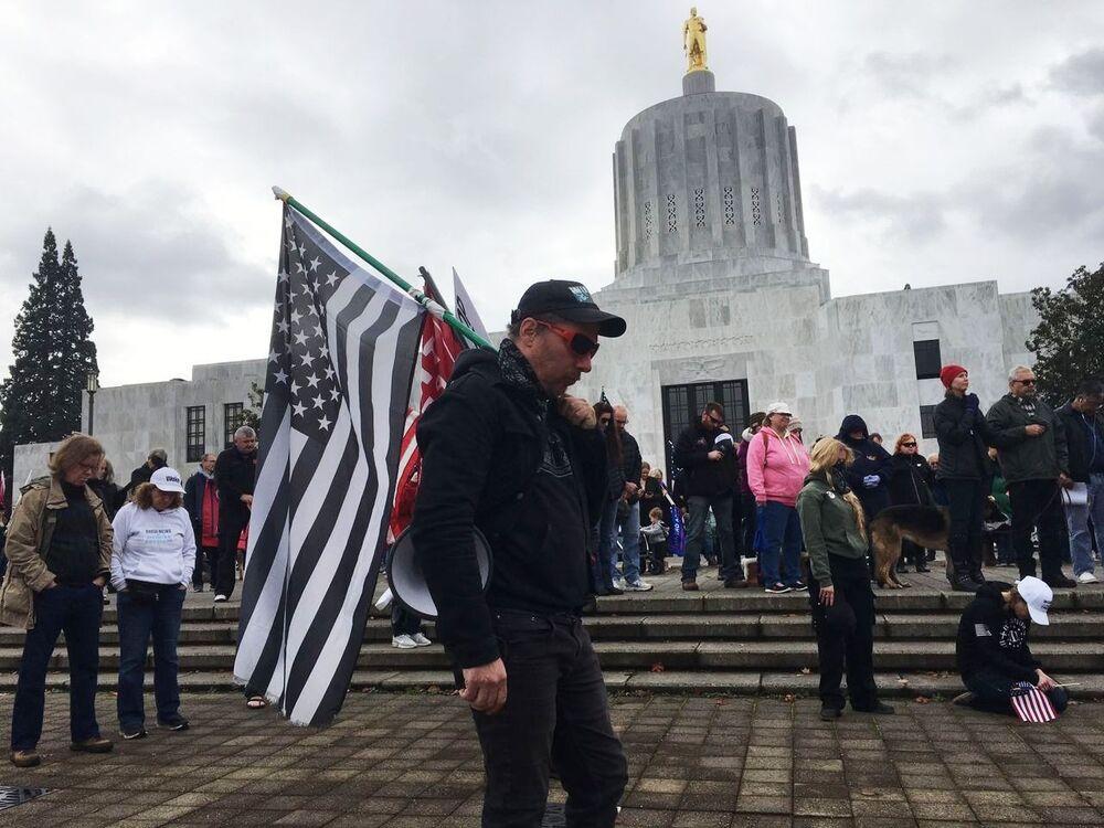 Wiec poparcia dla urzędującego prezydenta USA Donalda Trumpa w Salem, stolicy Oregonu