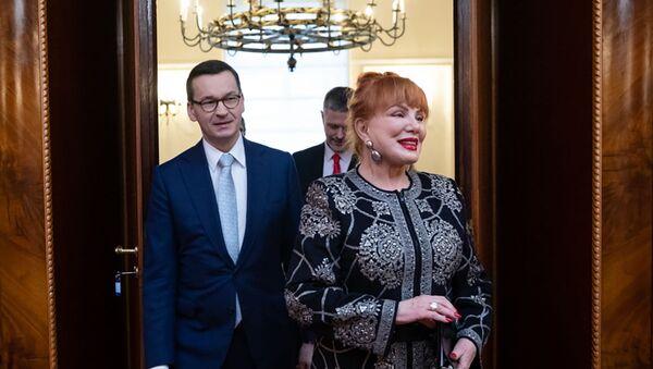 Ambasador USA w Polsce Georgette Mosbacher i premier Mateusz Moraweicki - Sputnik Polska