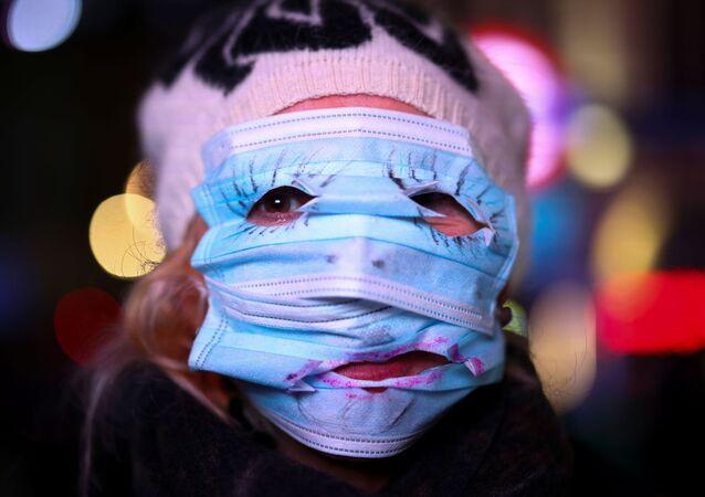 Marsz Miliona Masek w Londynie przeciwko obostrzeniom, związanym z epidemią koronawirusa