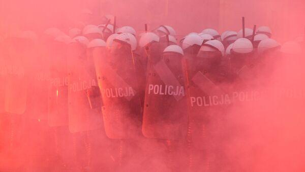Marsz Niepodległości 11 listopada 2020 roku w Warszawie - Sputnik Polska
