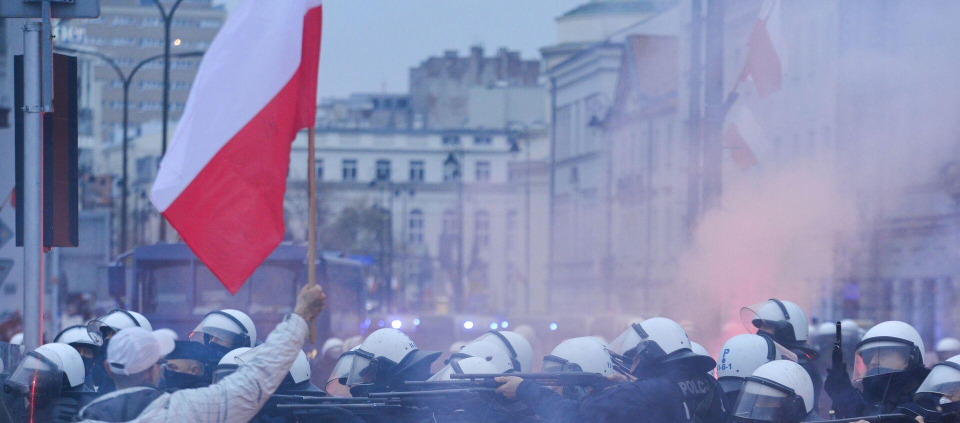Marsz Niepodległości w Warszawie, 2020 - Sputnik Polska, 1920, 22.01.2021