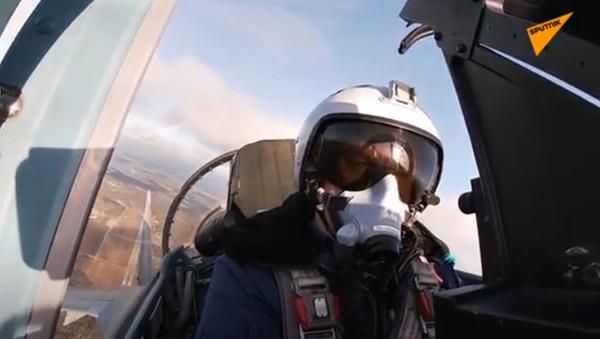 Walki powietrzne na myśliwcach Su-35S w Karelii - Sputnik Polska