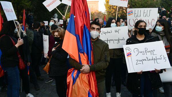 Protest opozycji w Erywaniu - Sputnik Polska